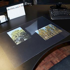 Desk mat - Clear with a gloss surface